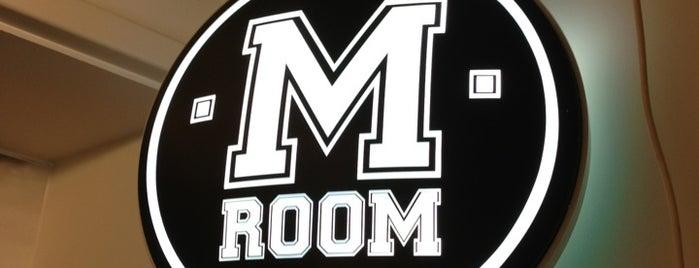 M Room is one of Orte, die Joonas gefallen.