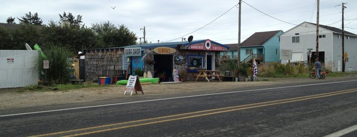 Haystack Coffee/ Surf Shack is one of Amy & Craig Exploregon.