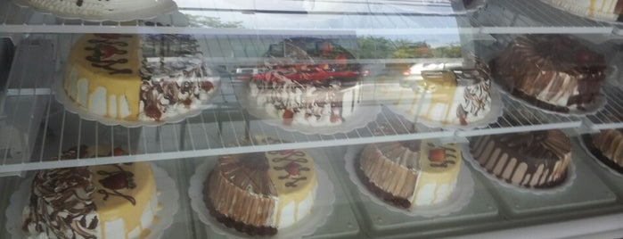 Tortas & Tortas is one of SemRumo :}.