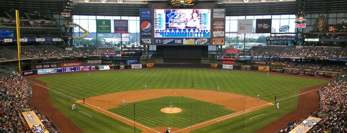 Miller Park is one of Chicago Milwaukee.