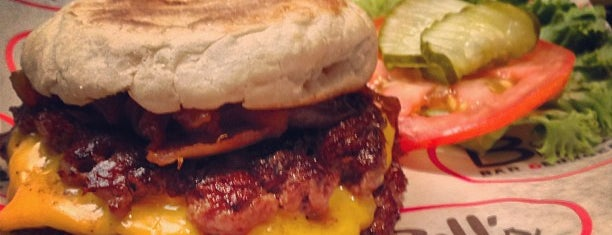 Bill's Bar & Burger is one of BPC / FiDi favorites.