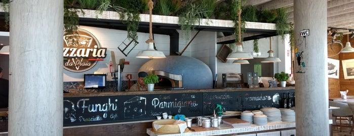 Pizzaria da Praia is one of Tempat yang Disukai Victor.