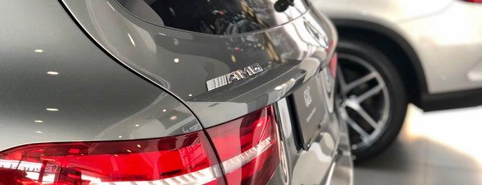 Mercedes-Benz Querétaro is one of สถานที่ที่ Alex ถูกใจ.