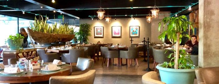 JOSEFA Café and Bistro is one of Tempat yang Disimpan karla.