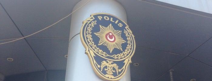 Maltepe İlçe Emniyet Müdürlüğü is one of Burası.