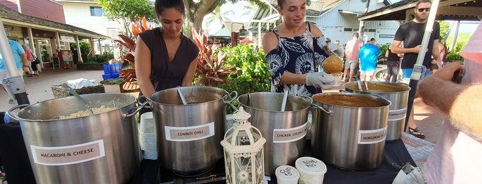 Kukui'ula Farmer's Market is one of Lieux qui ont plu à Bob.