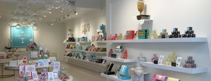 Sugarfina is one of Shawnaさんのお気に入りスポット.