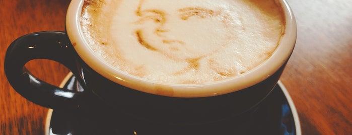 Caffe Melanzana is one of Patty'ın Beğendiği Mekanlar.