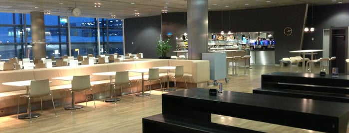 Lufthansa Business Lounge (Schengen) is one of Airport Lounges.