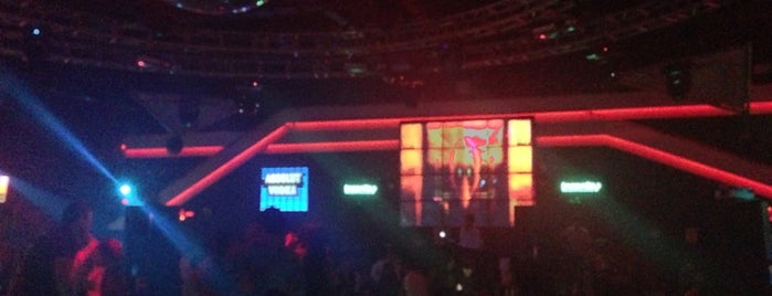 Insanity Nightclub is one of Runes'in Beğendiği Mekanlar.