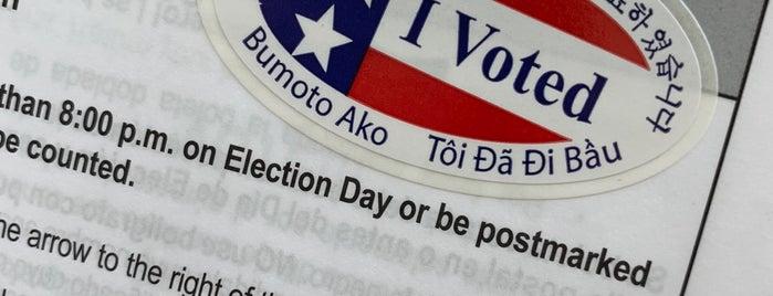 Registrar of Voters is one of Lugares guardados de Steve.