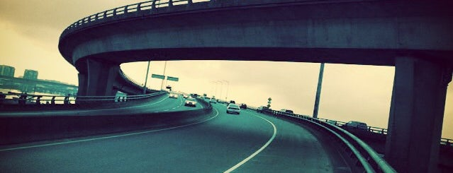 Arthur Laing Bridge is one of A Guide to Vancouver (& suburbia).