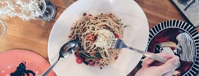 Flingstones Cafe is one of Good food 💸.