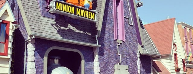 Despicable Me Minion Mayhem is one of Lugares favoritos de Simio.