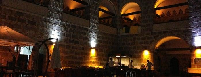 Kanuni Kervansaray Historical Hotel is one of Tempat yang Disukai Mert.