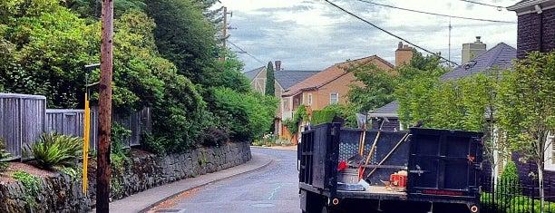 Southwest Hills Neighborhood is one of Neighborhoods of Portland.