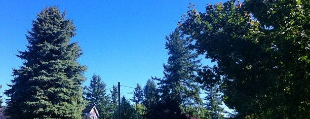 Centennial Neighborhood is one of Neighborhoods of Portland.