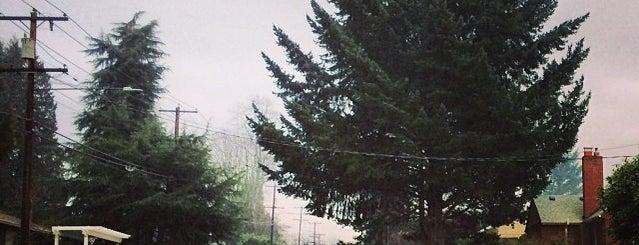 Ardenwald Neighborhood is one of Neighborhoods of Portland.