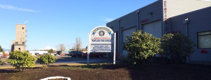 Portland Fire & Rescue Station 2 - Parkrose is one of Portland Fire & Rescue.
