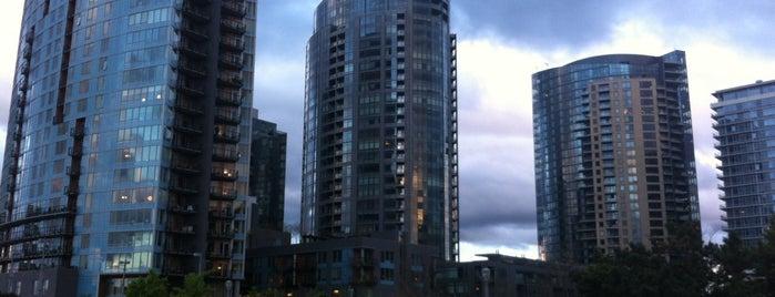 South Portland Neighborhood is one of Neighborhoods of Portland.