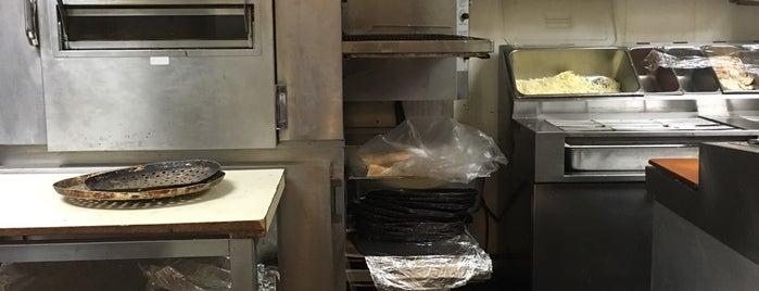 Elliott Bay Pizza Company is one of สถานที่ที่ Dan ถูกใจ.