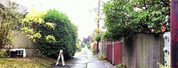 Ladd's Addition Neighborhood is one of Neighborhoods of Portland.