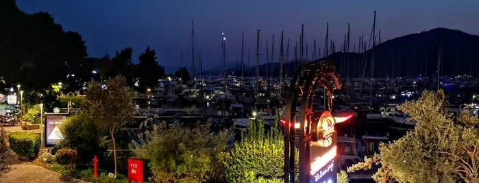 Günaydın Steakhouse D-Marin is one of Tempat yang Disukai Hakan.