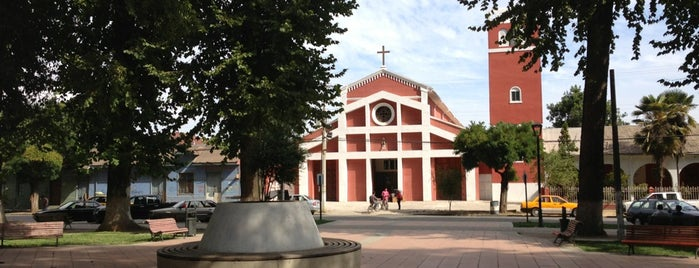 Plaza De Graneros is one of Tempat yang Disukai Julio.