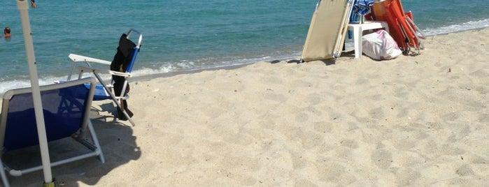 Παραλία Φλέγρας is one of Lugares favoritos de jo.