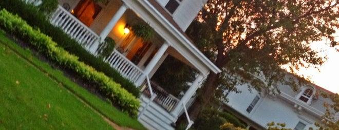 Fordham House is one of Tempat yang Disukai Brandon.