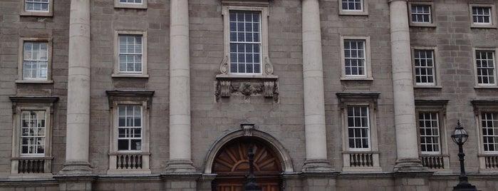 Trinity College Front Gates is one of Éirinn go Brách.