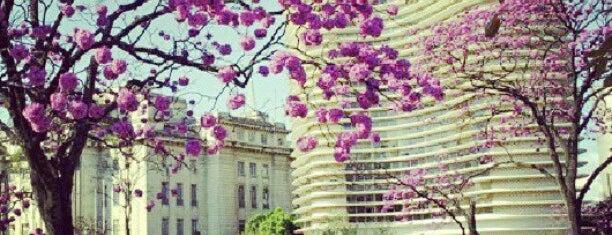 Circuito Cultural Praça da Liberdade is one of Lieux qui ont plu à Dade.