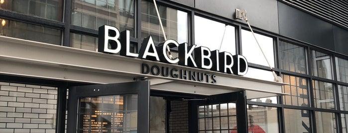Blackbird Doughnuts is one of Lieux qui ont plu à Al.