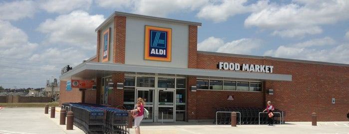 Aldi is one of Orte, die Scott gefallen.