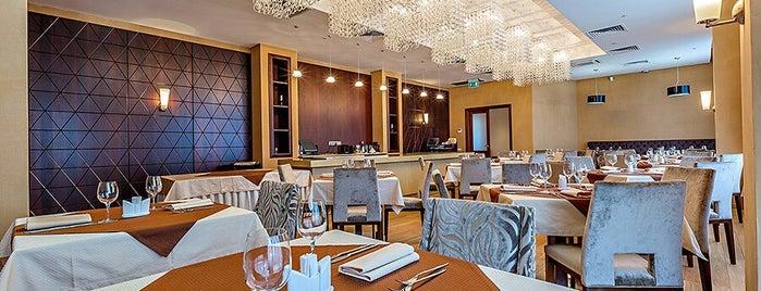 RAIKIN PLAZA HOTEL restaraunt is one of Список планов.
