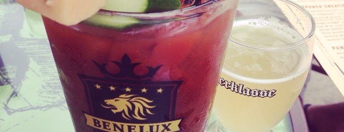 Cafe Benelux is one of Locais curtidos por Keri.