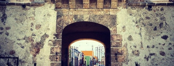 Puerta de Tierra is one of Campeche.