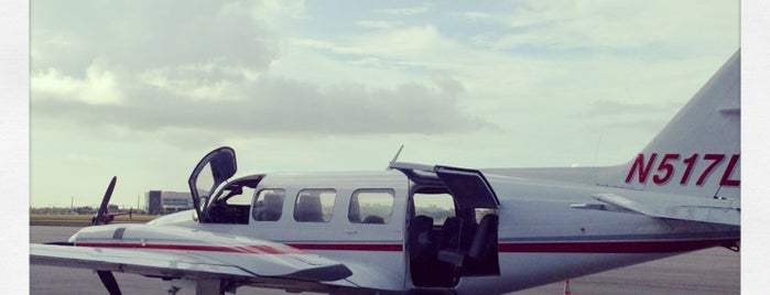 South Bimini Airport is one of Airports.