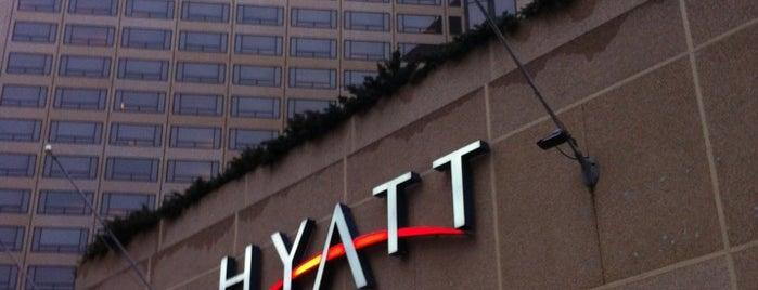 Hyatt Regency Crystal City At Reagan National Airport is one of Lugares favoritos de Stavros.