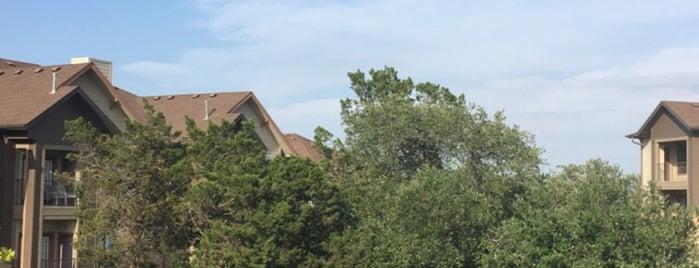 Hyde Park Ribelin Ranch Apartments is one of Jessica 님이 좋아한 장소.
