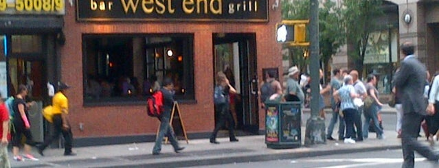West End Bar & Grill is one of Don'un Kaydettiği Mekanlar.