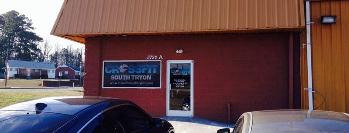CrossFit South Tryon is one of Raine : понравившиеся места.