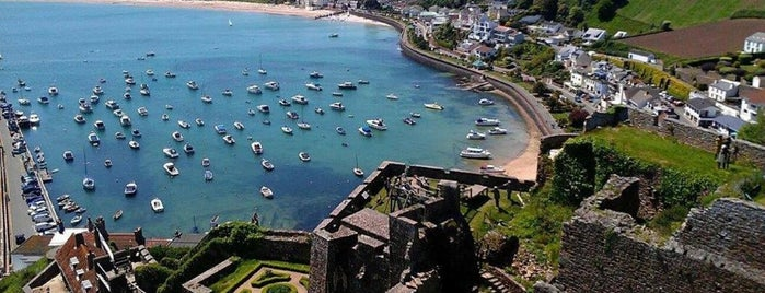 Gorey Bay is one of Jersey.