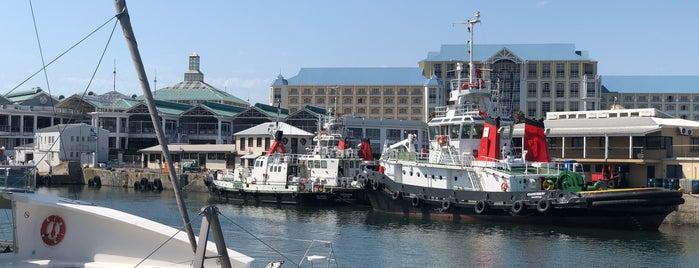 Victoria Wharf is one of Lugares guardados de Dade.