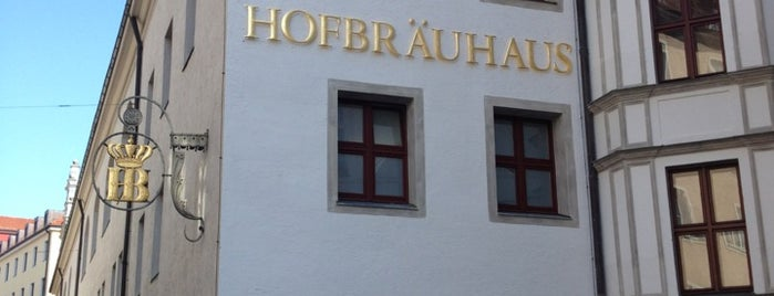 Hofbräuhaus is one of Orte, die Mark gefallen.