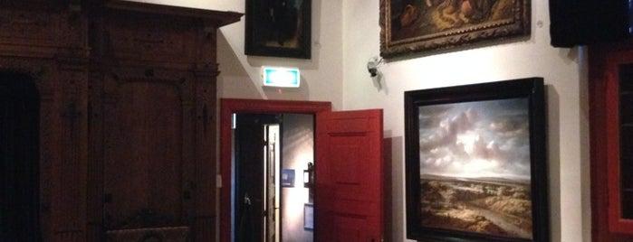 Het Rembrandthuis is one of Musea Amsterdam.