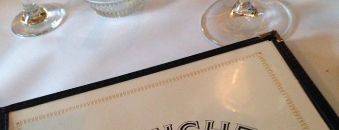 Pastiche Bistro & Wine Bar is one of Milwaukee Area To-Do's.