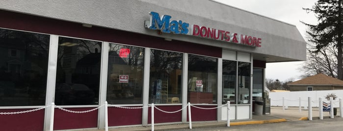 Ma's Donuts and More is one of Pablo 님이 좋아한 장소.