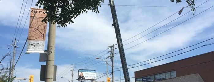 Leaside is one of Toronto Neighbourhoods.
