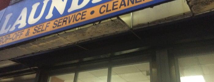 Madison Supreme Laundromat is one of Posti che sono piaciuti a Martin.